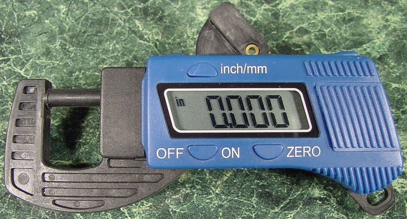 DIGITAL THICKNESS GAUGE SAE and METRIC