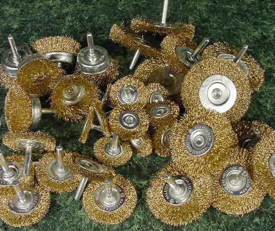 36pc. WIRE WHEELS 1/4